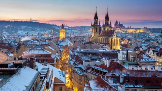 Czech Republic bans travellers from the UK