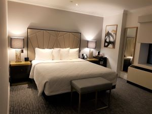 Review The Martinique Hotel New York