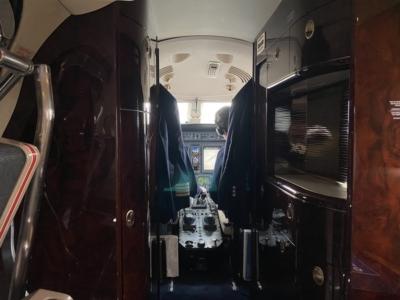 Hahn Air cockpit