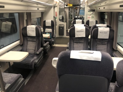 Review Stansted Express First Class