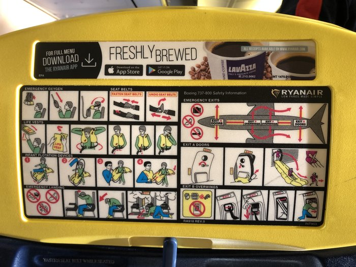 Ryanair safety instructions