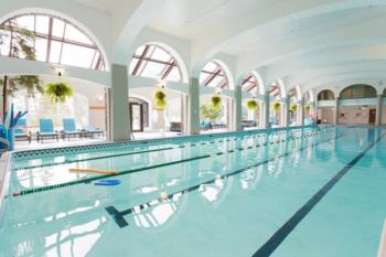 Fairmont Banff Springs indoor pool