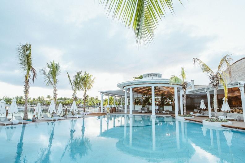 Lux Grand Glaube Mauritius