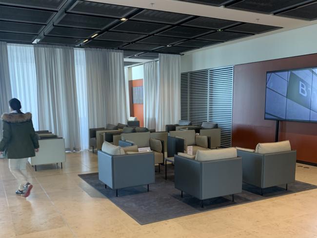 Berlin-Brandenburg Airport Templehof lounge (2)