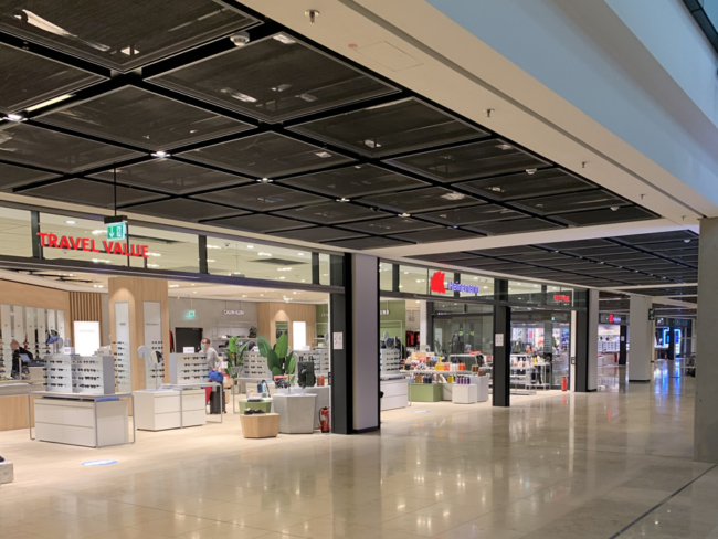 Berlin-Brandenburg Airport shopping (2)