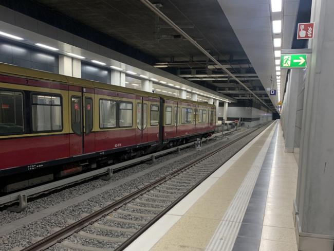 Berlin-Brandenburg Airport train station (2)