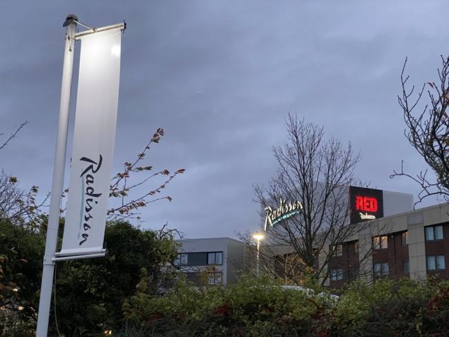 Radisson Heathrow Hotel exterior