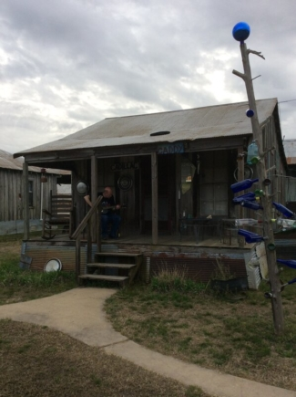 review The Shack Up Inn, Clarksdale, Mississippi
