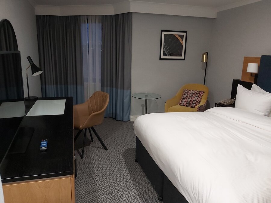 DoubleTree Manchester Airport King room