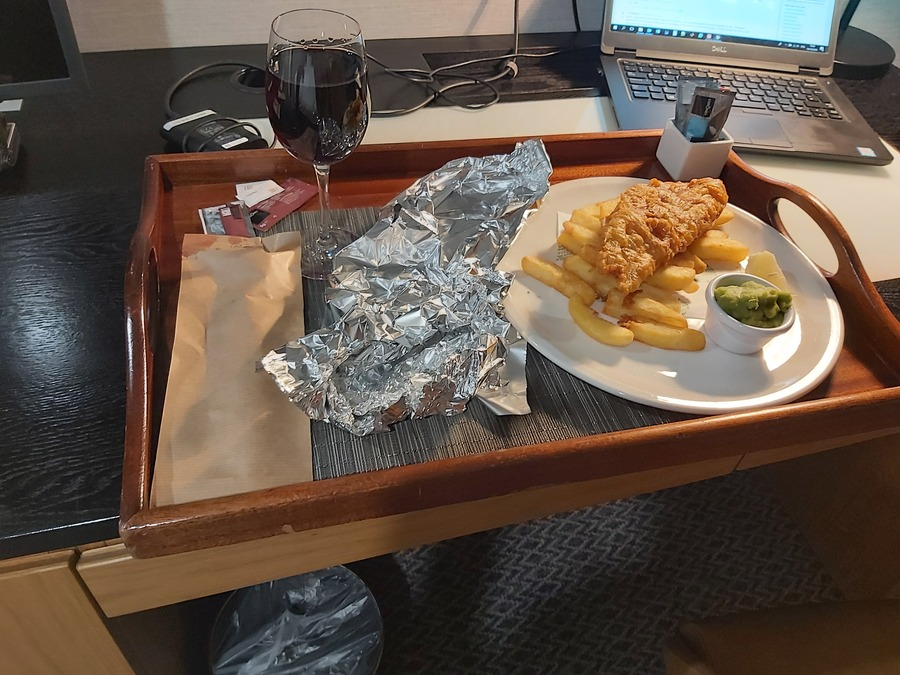 DoubleTree Manchester Airport room service