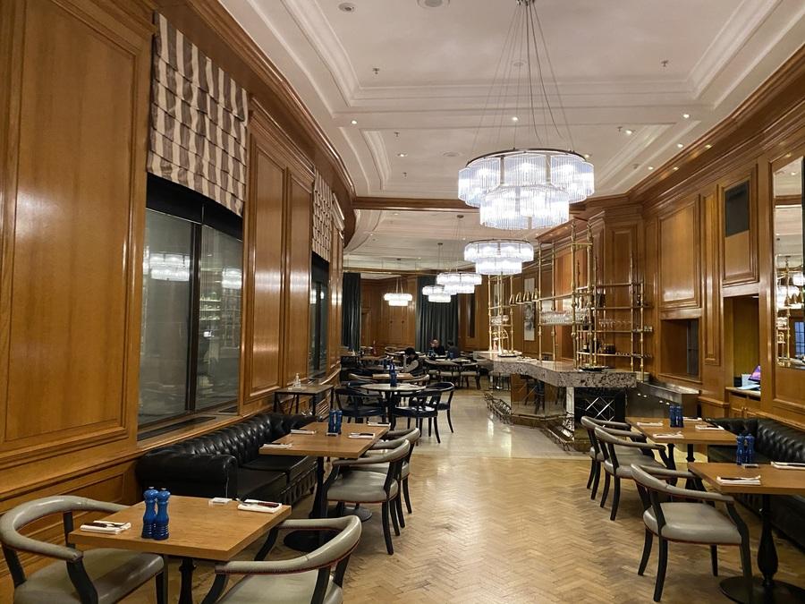 London Marriott County Hall Gillrays steakhouse