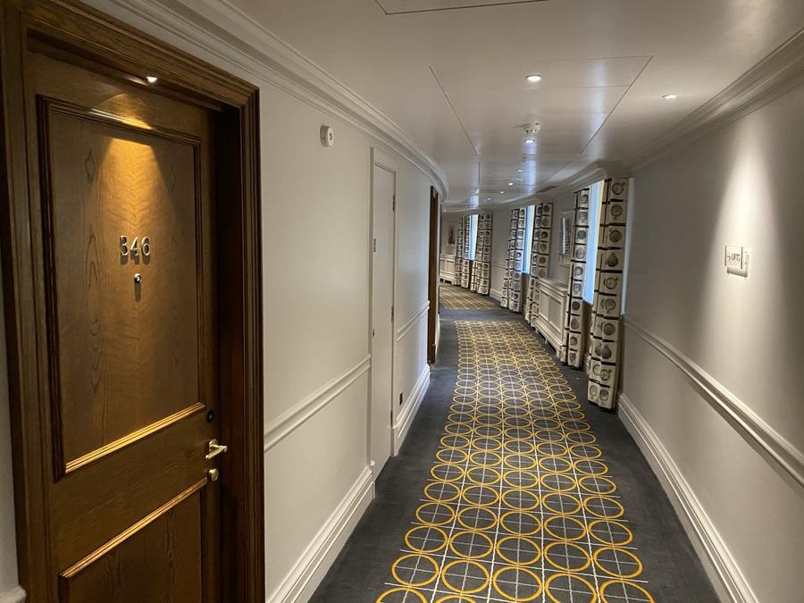 London Marriott County Hall corridor