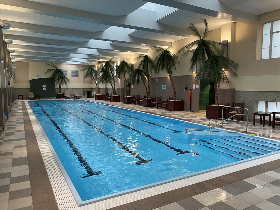 London Marriott County Hall pool
