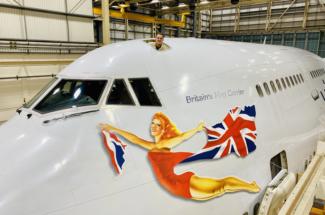 Virgin Atlantic 747 Vaga girl