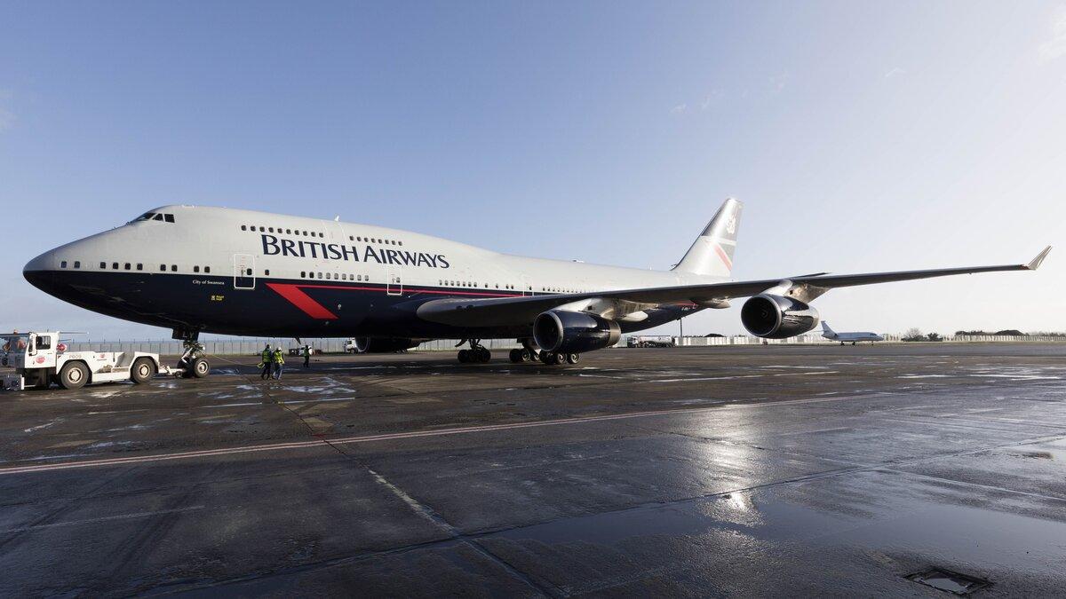 British Airways Boeing 747 Landor tour at Dunsfold Aerodrome