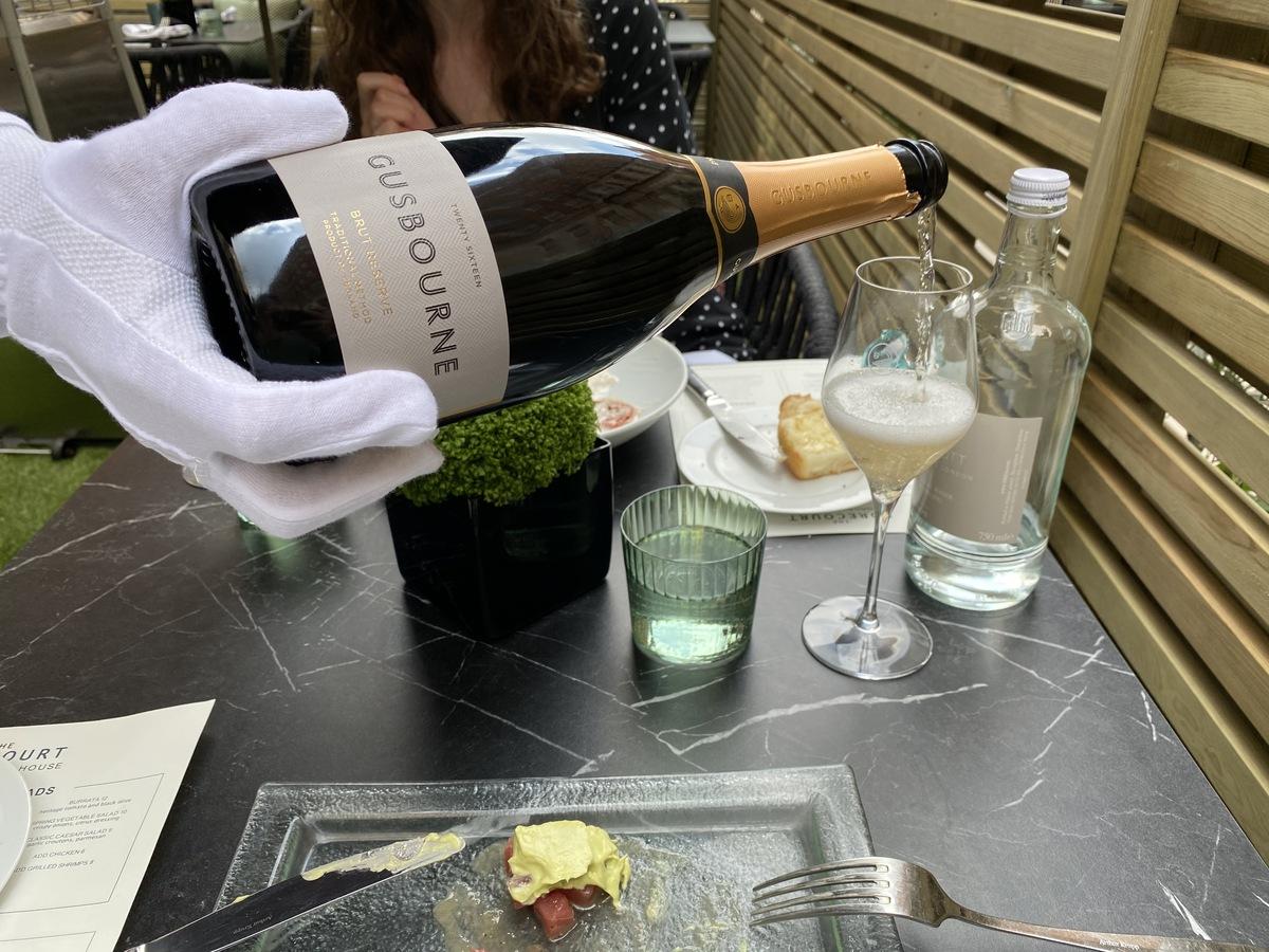 JW Marriott Grosvenor House forecort Gusbourne English sparkling wine