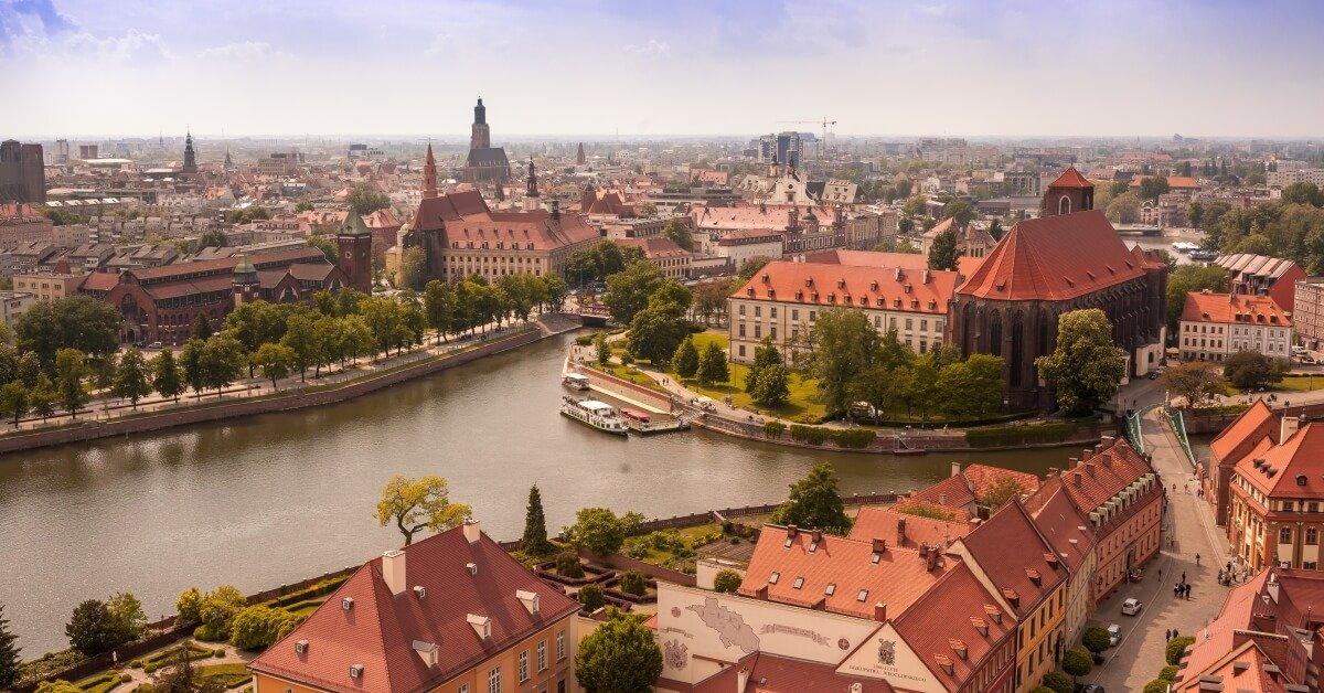 British Airways launches Wroclaw, Cruz, Gdansk