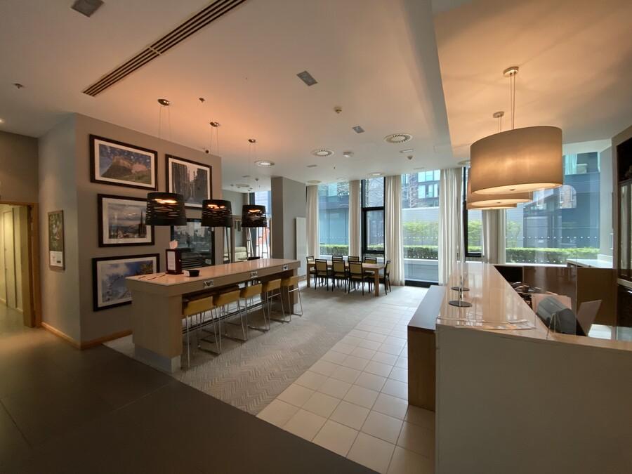 Residence Inn Edinburgh lobby