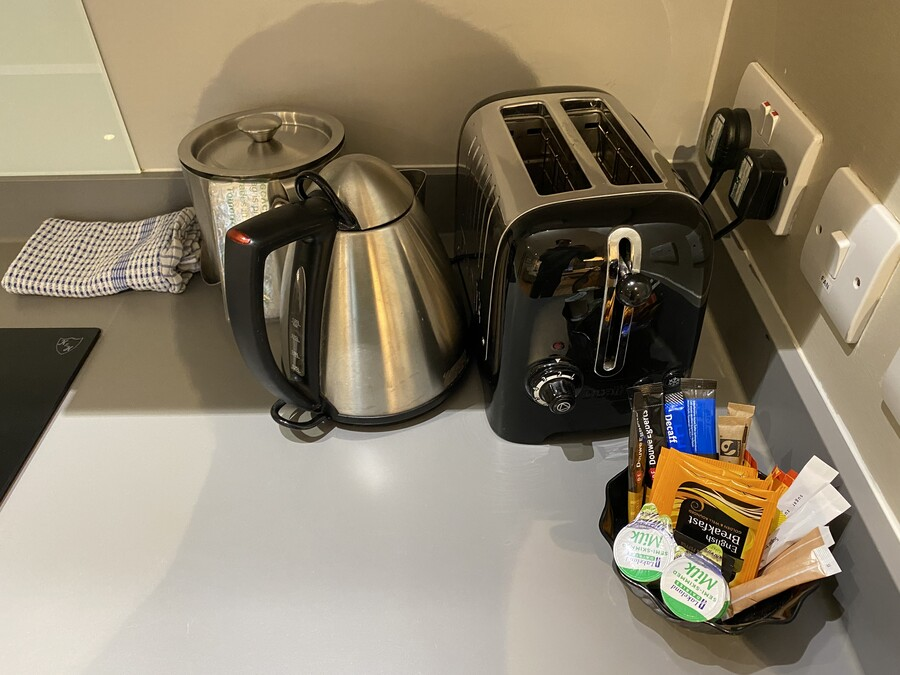 Residence Inn Edinburgh suite kettle toaster