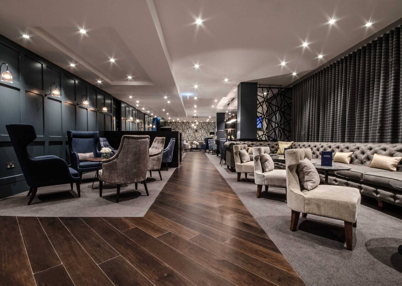 No1 Lounges sold to Aspire and Collinson