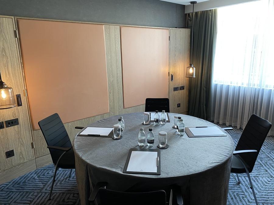 Hilton London Bankside meeting room table