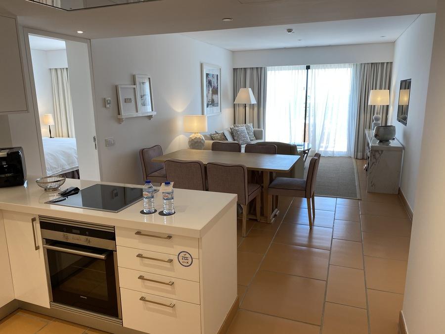 Pine Cliffs Ocean Suites 1 bedrooms uite
