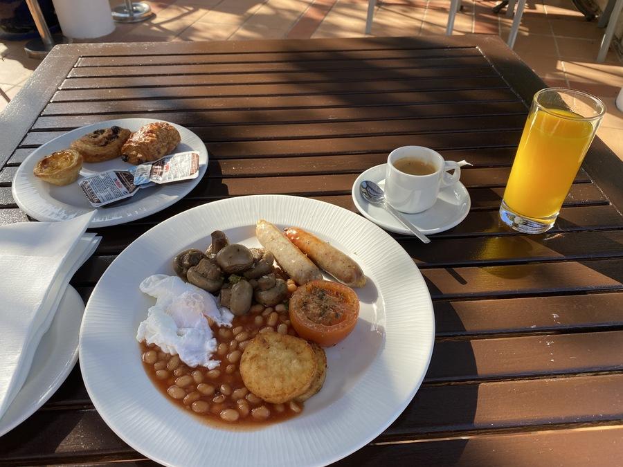 Pine Cliffs full English breakfast