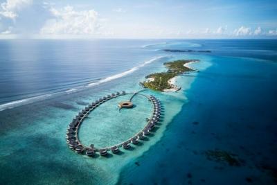 Ritz Carlton Maldives opens