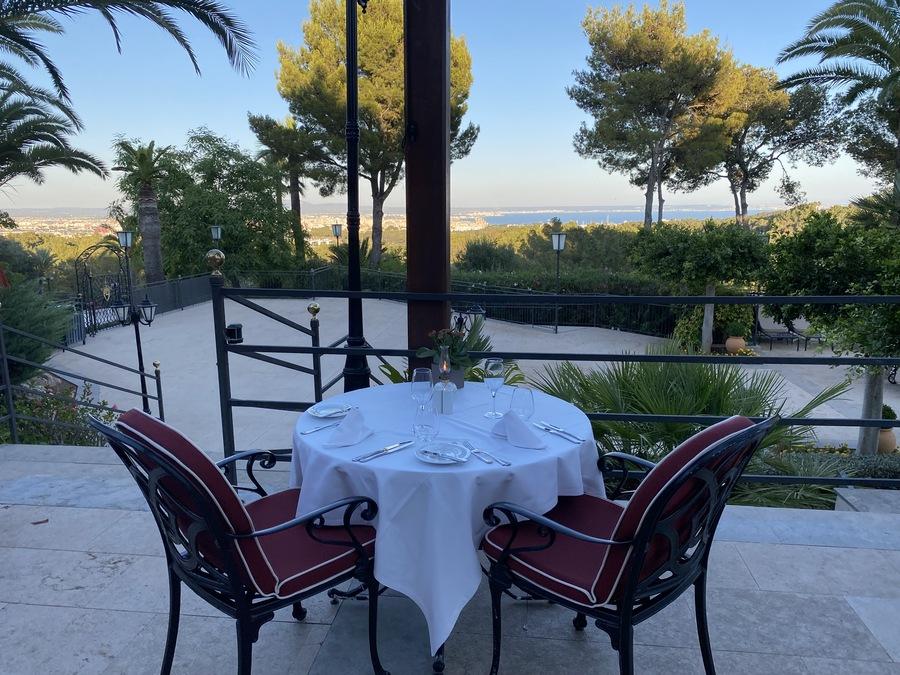 Castillo Hotel Son Vida dining view