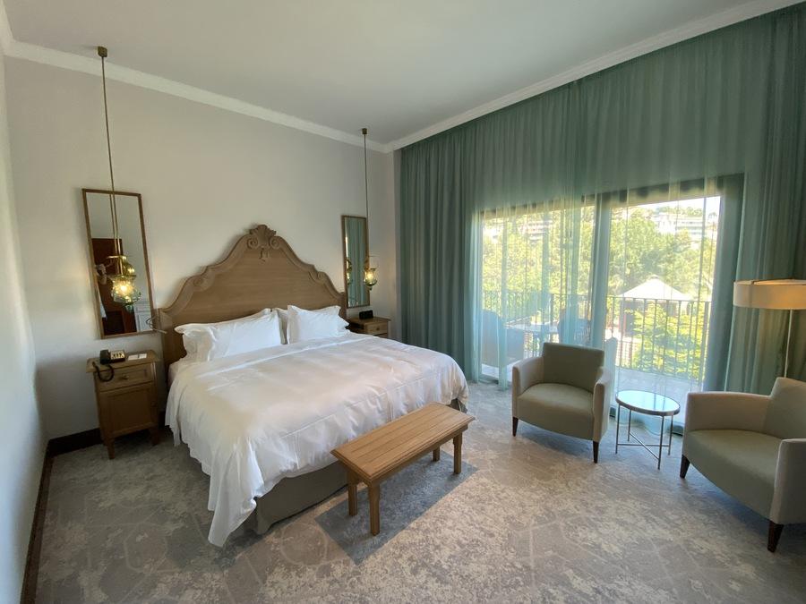 Castillo Hotel Son Vida modern room