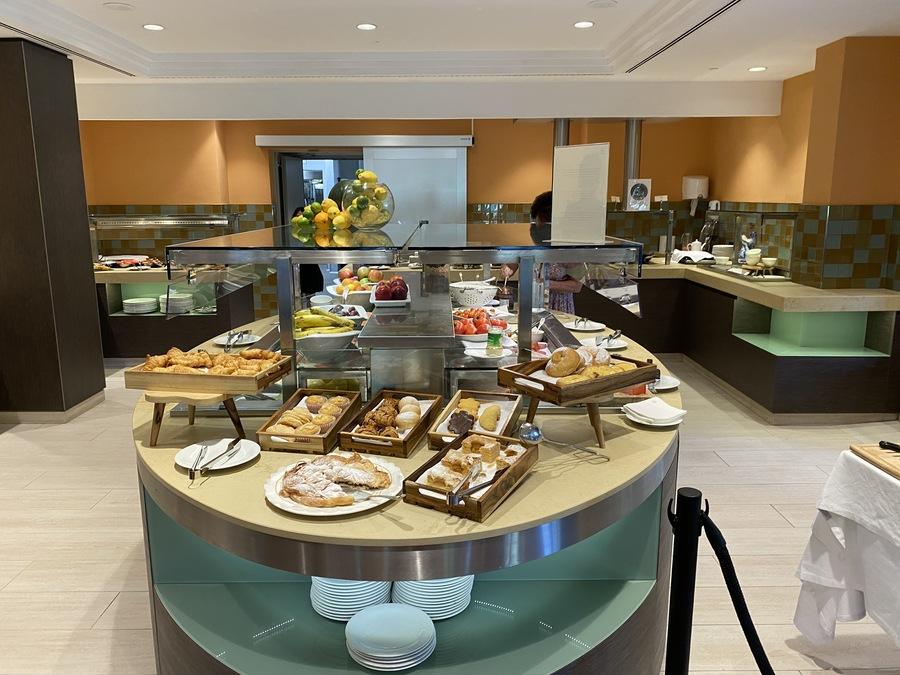 Sheraton Mallorca Arabella breakfast buffet