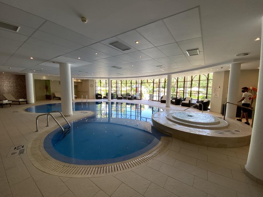 Sheraton Mallorca Arabella indoor pool