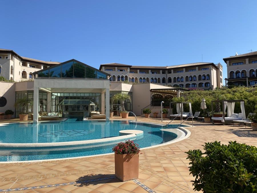 St Regis Mardavall Arabella spa pool 2