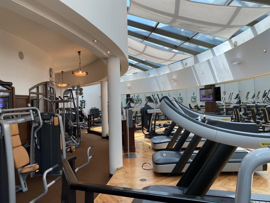 St Regis Mardavall gym