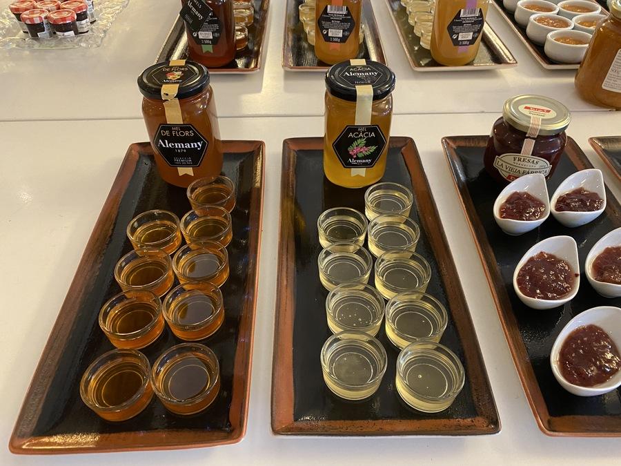 St Regis Mardavall jam selection