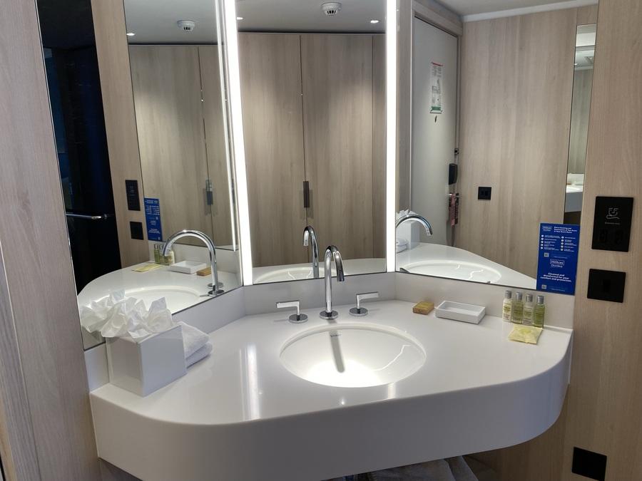 The Westminster London hotel bathroom