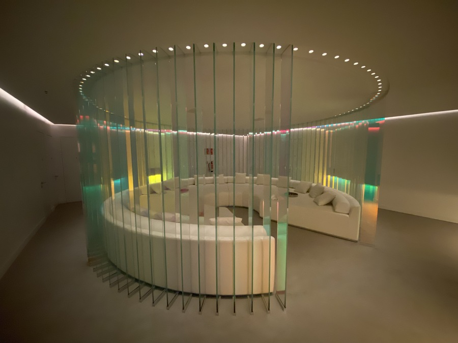 W Ibiza spa relaxation room