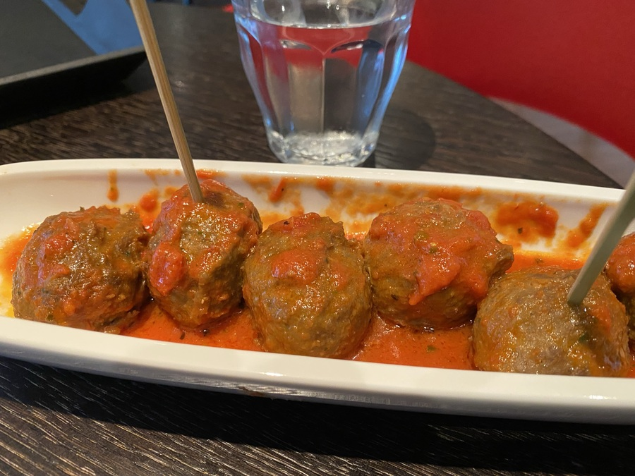 citizenM Tower of London meatballs