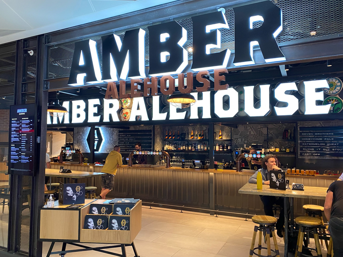 Manchester Airport Amber Alehouse