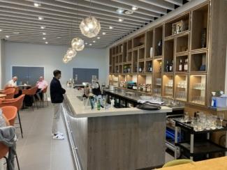 Manchester Airport T2 Escape lounge bar