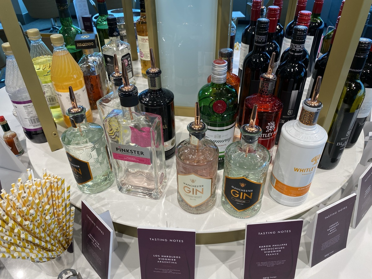 Manchester Terminal 2 1903 lounge gins