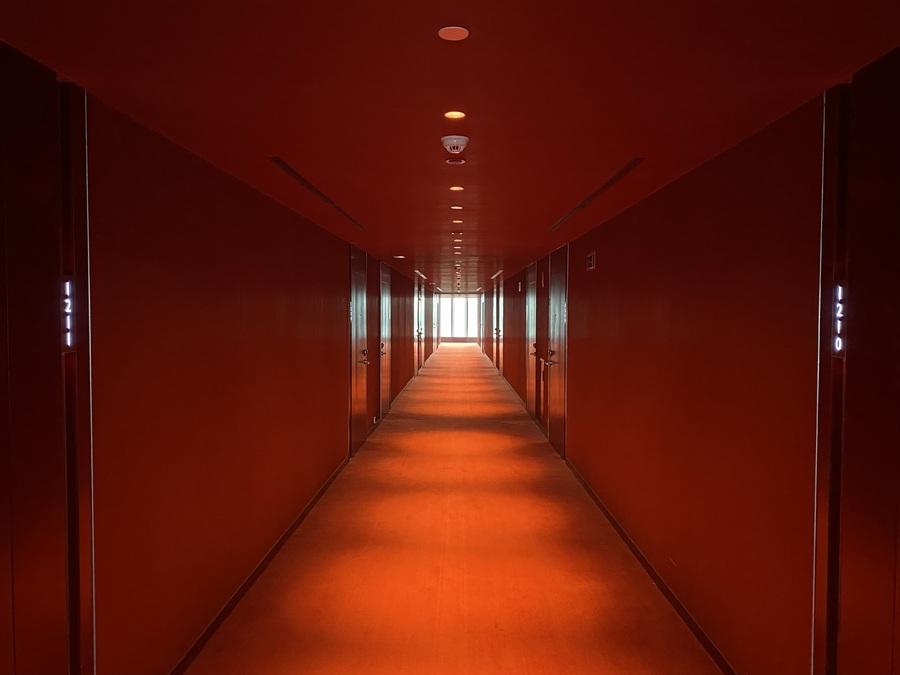 W Barcelona corridor
