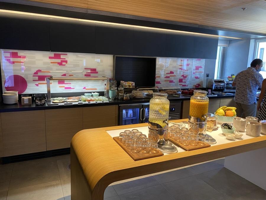 Aloft Madrid Gran Via breakfast buffet