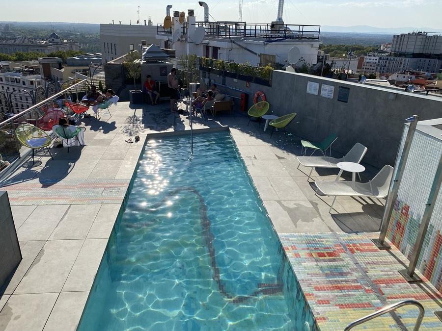 Aloft Madrid Gran Via rooftop pool