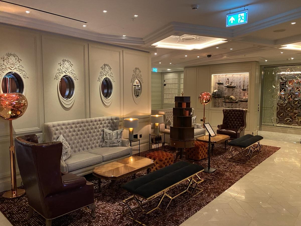 Great Scotland Yard Hotel lobby 2