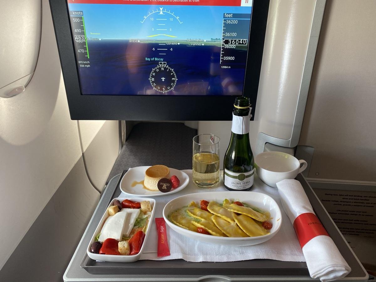 Iberia A350 business class shorthaul meal