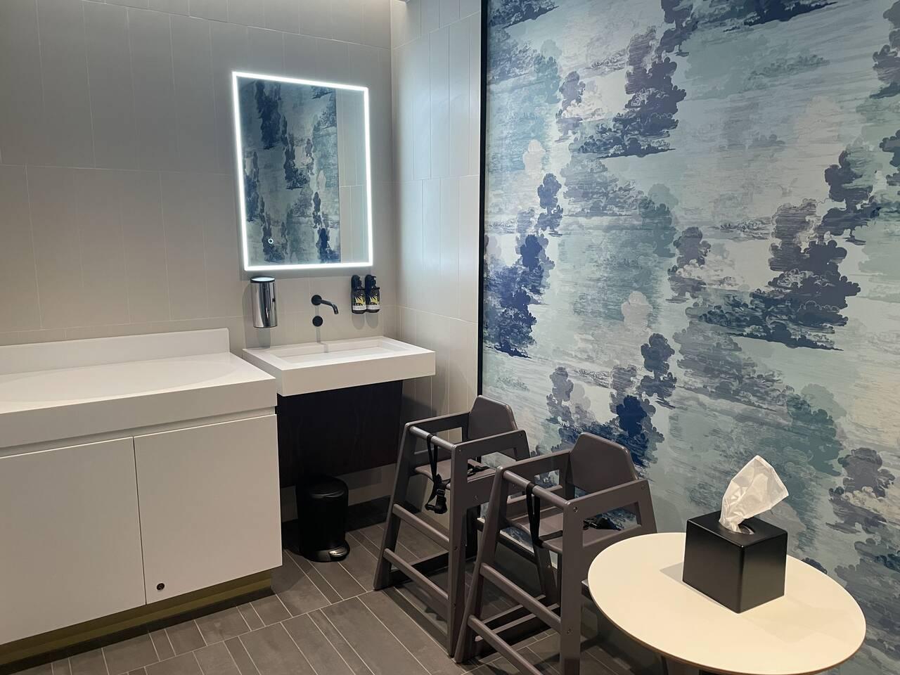 American Express Centurion Lounge London Heathrow Airport