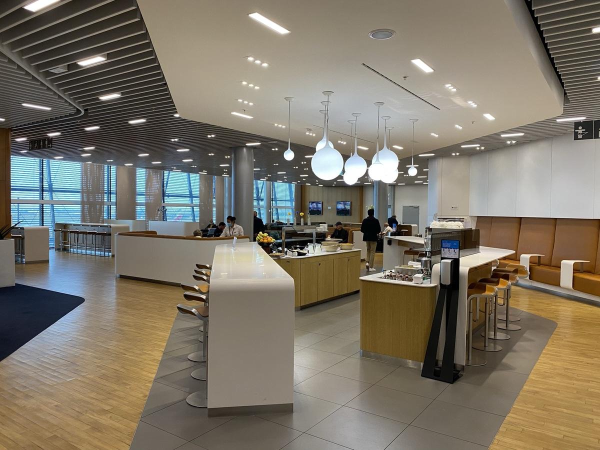 Review: Lufthansa Business Class lounge at London Heathrow Terminal 2