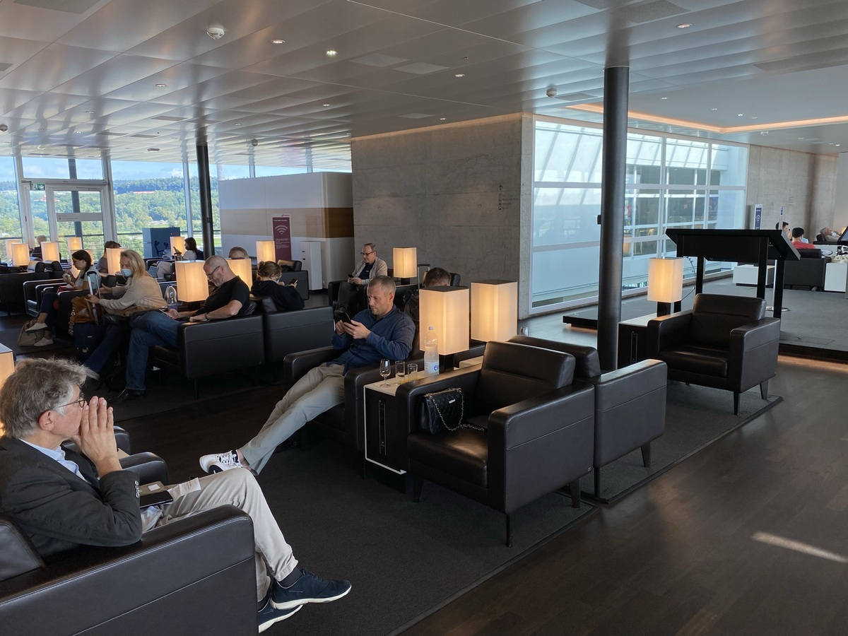 SWISS Senator Lounge Zurich casual seating