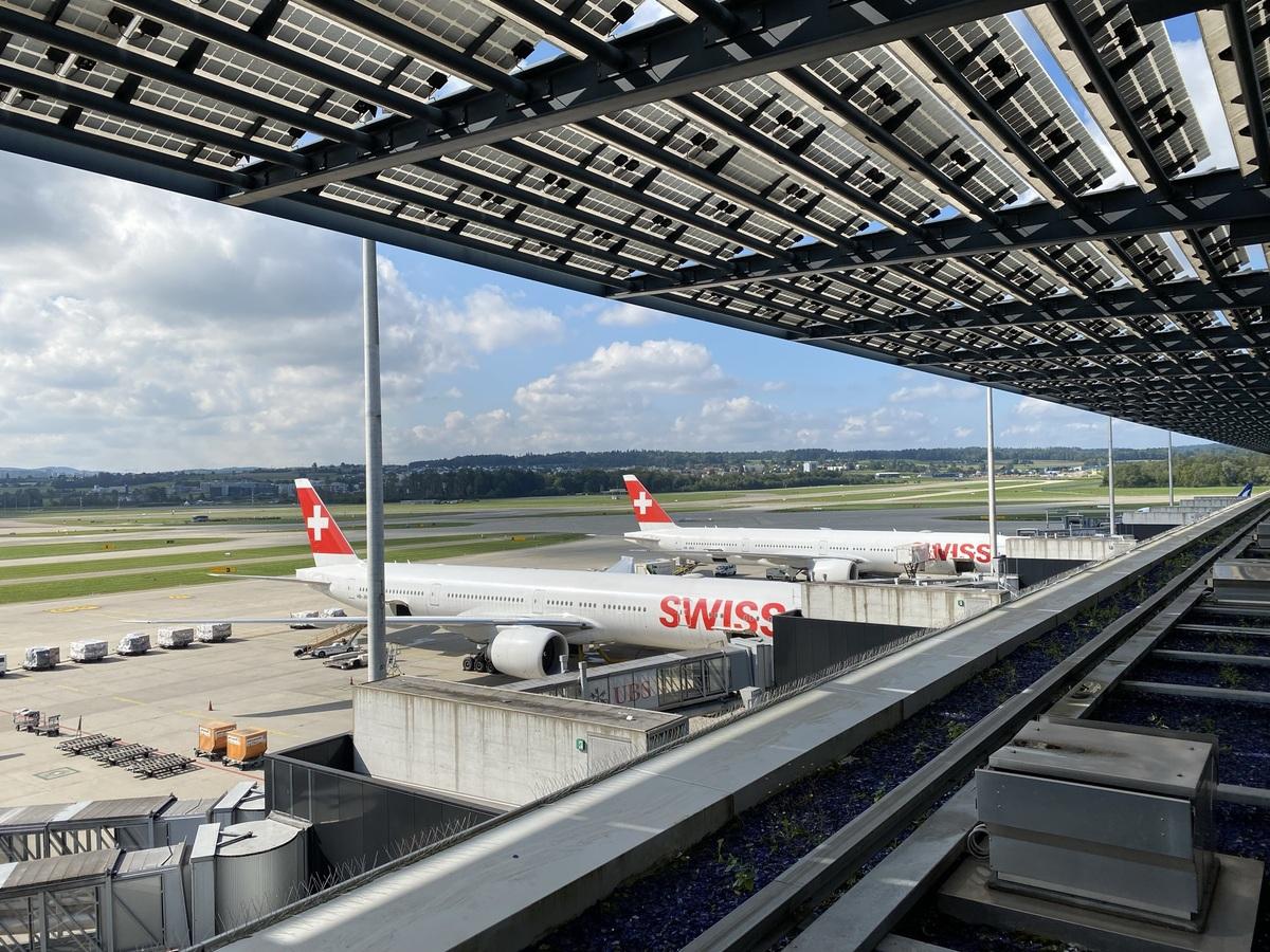 SWISS Senator Lounge Zurich terrace view